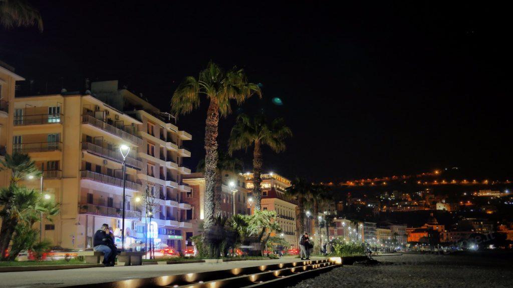 Notturno in Villa Comunale (foto Corrado Di Martino)