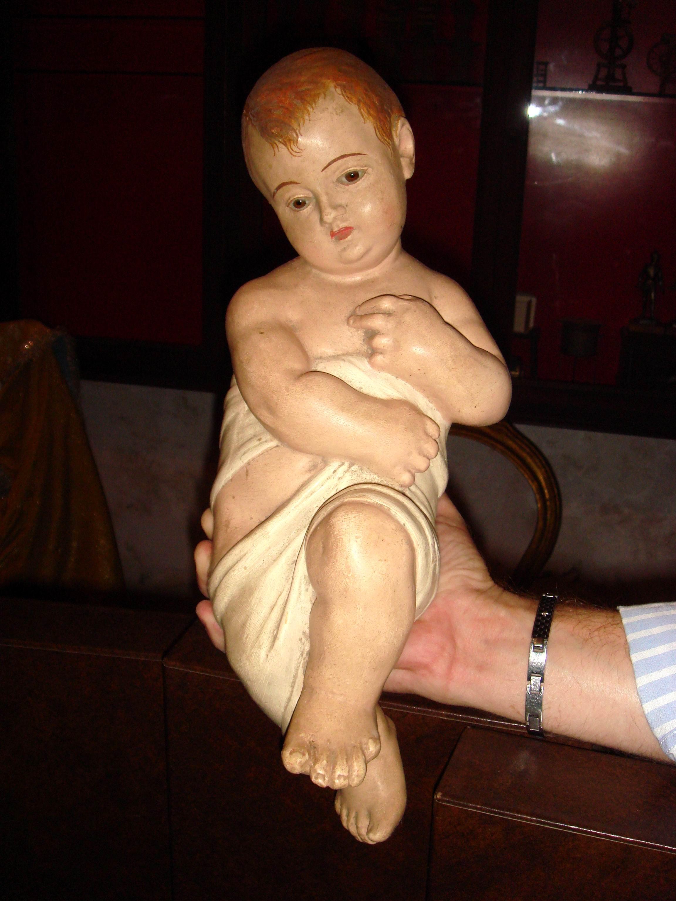 Bambinello in terracotta