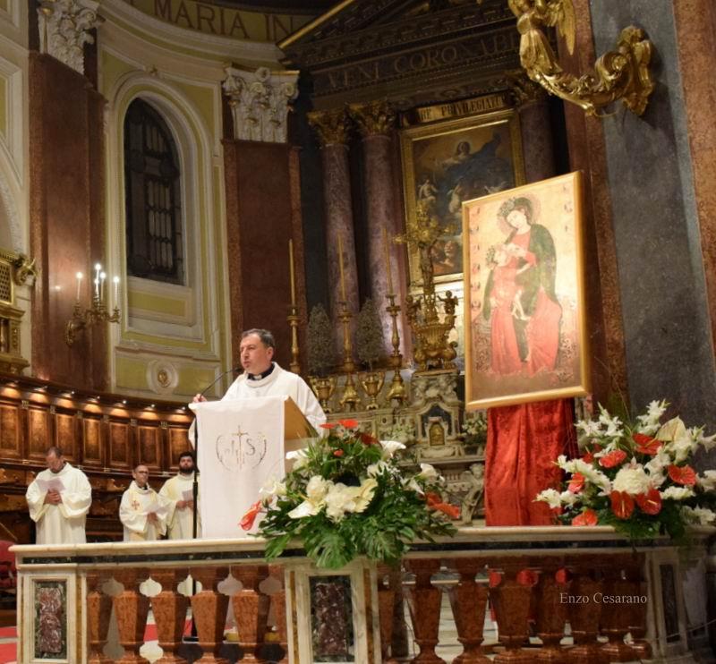 Appello alla Città nuova di don Antonino D'Esposito a nome dei parroci stabiesi (foto Enzo Cesarano)