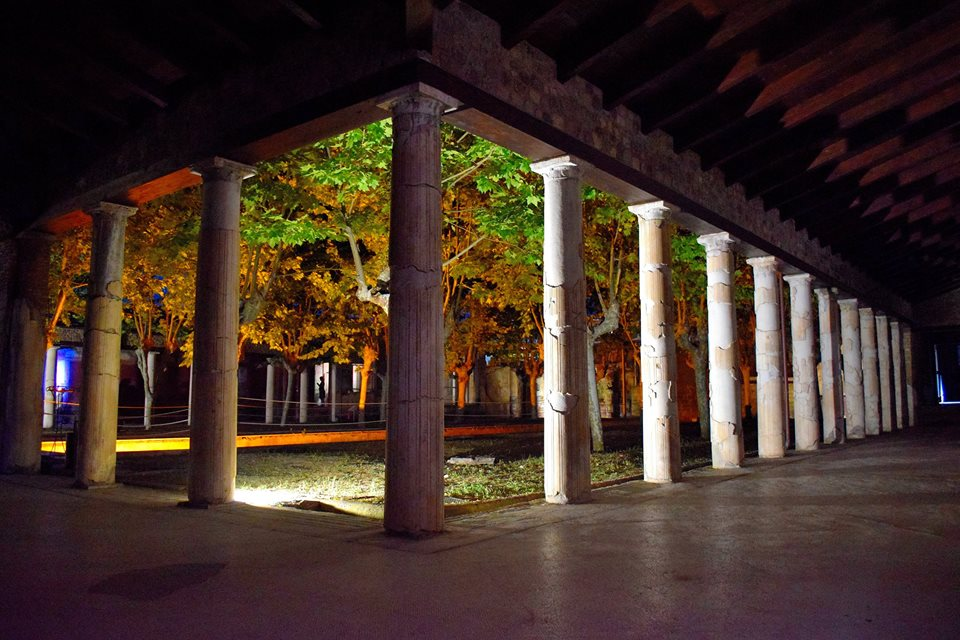 Stabiae di notte (foto Enzo Cesarano)
