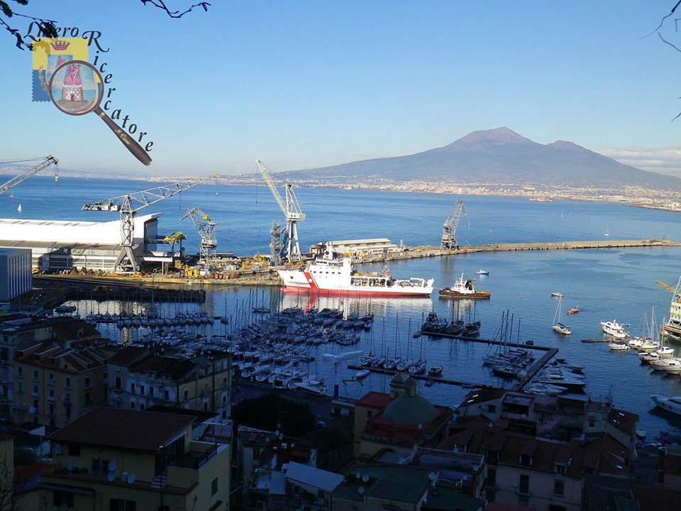 Diciotti nel porto di Castellammare