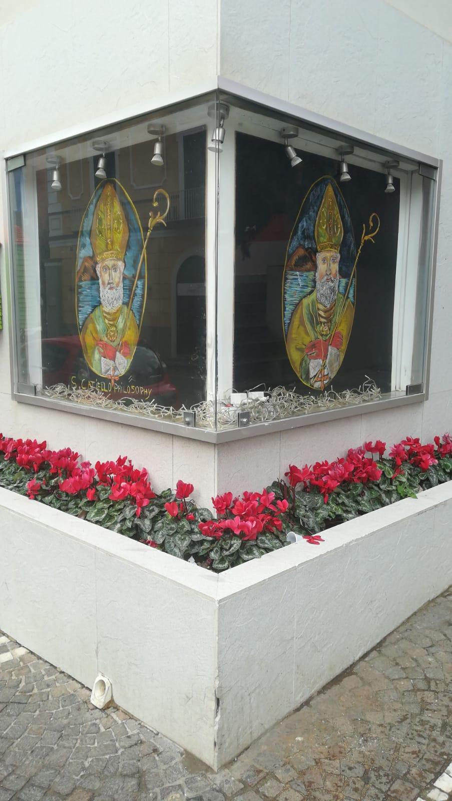 San Catello in vetrina