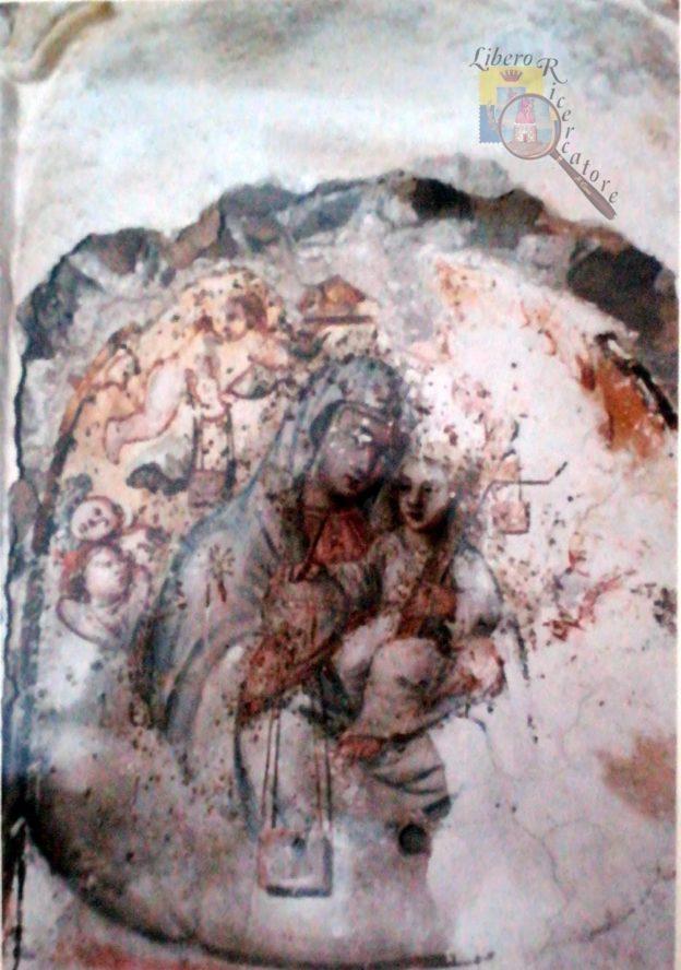 Affresco Madonna del Carmine del soppresso monastero della Pace - foto M. Cuomo