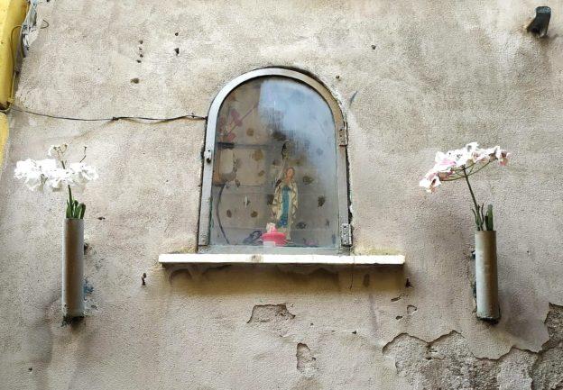 Immacolata - Piccola edicola alla via Micheli - Scanzano (foto Maurizio Cuomo)