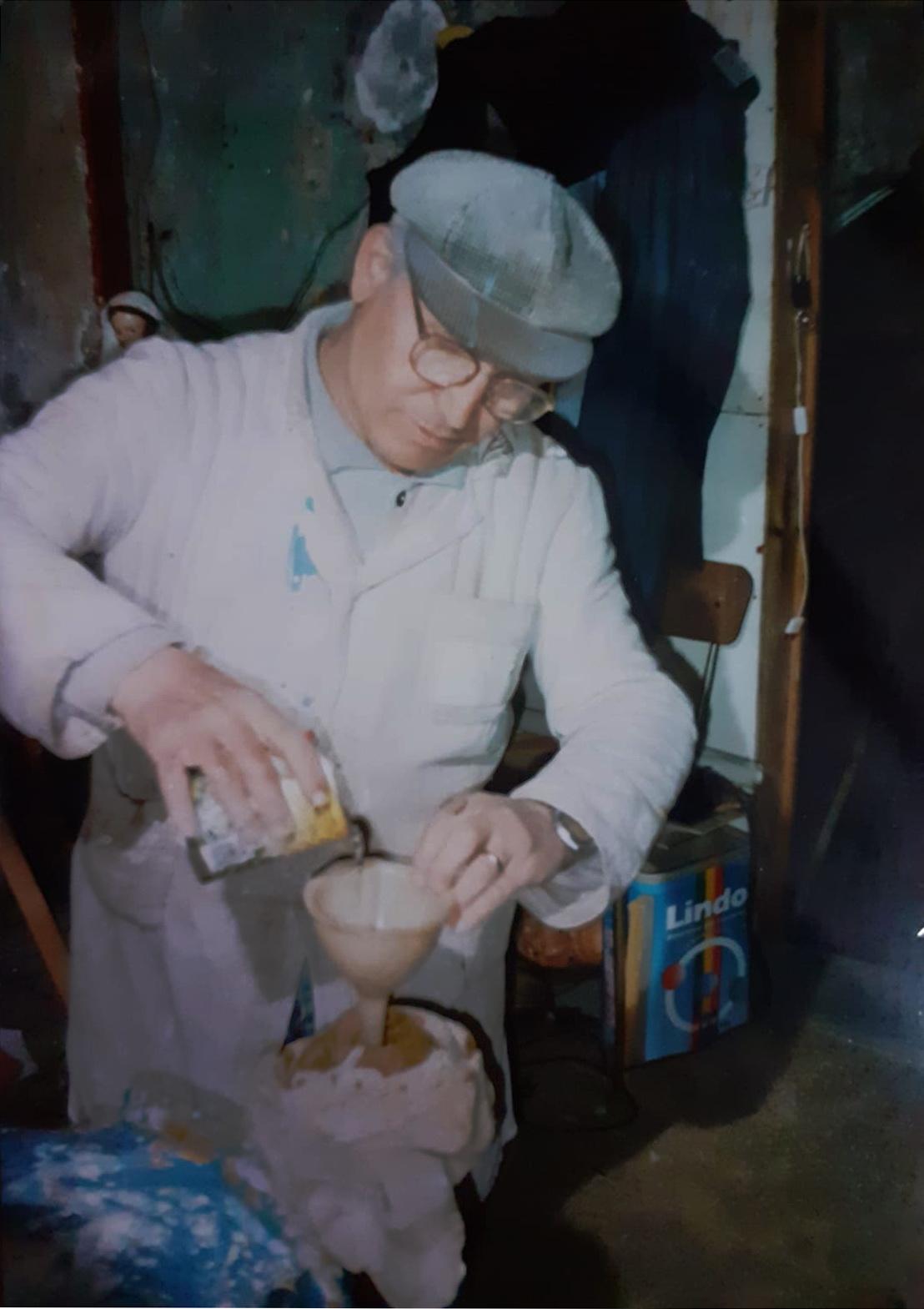 Ciro Alminni, durante un restauro